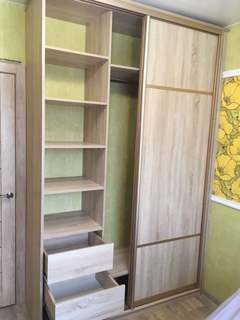Шкаф-купе в гардеробную комнату
