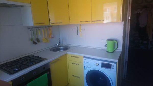 кухня желтая омск