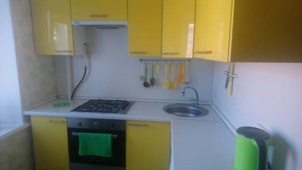 Угловая кухня маленькая в омске