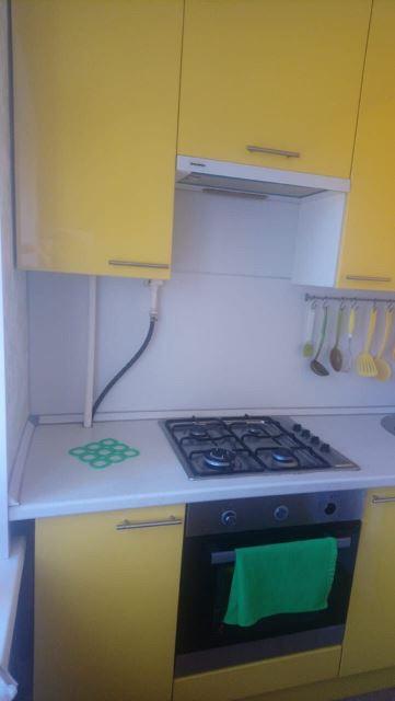 Угловая кухня маленькая