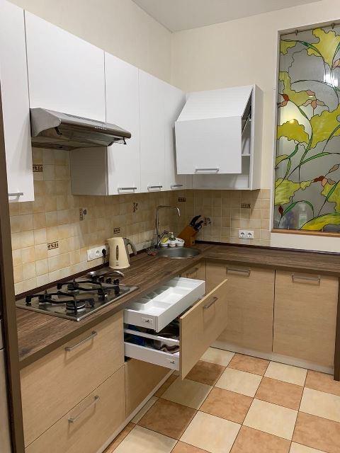 кухня белая под заказ омск